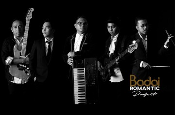 BADAI ROMANTIC PROJECT